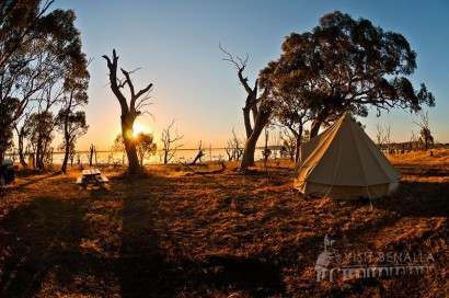 Under the Stars Winton Wetlands Escape (Lux Tents)
